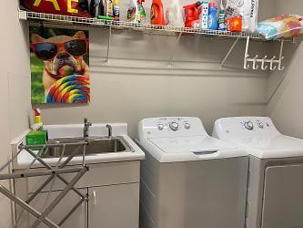 18. Laundry.jpg
