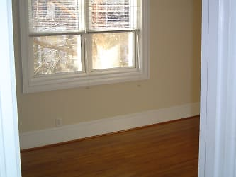 2-12-06 Houses 028.jpg