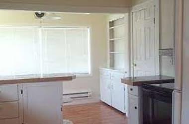 2717 Mill Ave Kitchen.jpg