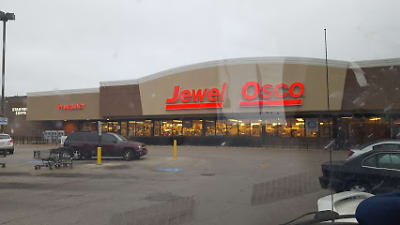 Jewel, Lowe's, etc. next door.jpg