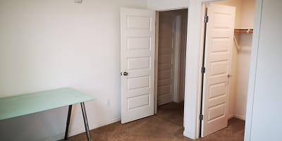 Midroom X6.jpg