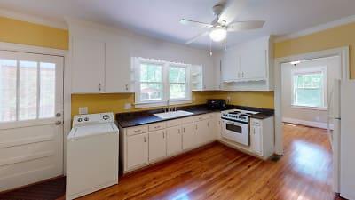 WAD214-Kitchen.jpg