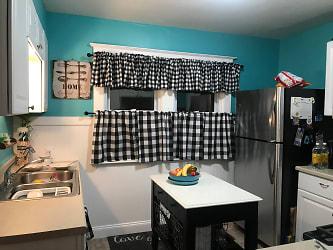 Nassau Kitchen 1.jpg