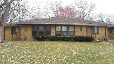 7531 Whole House (002).jpg