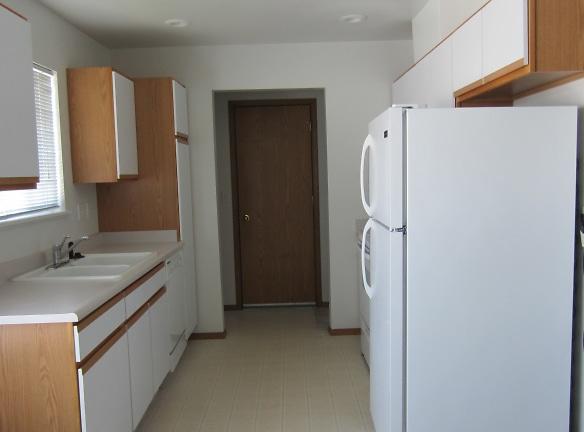 908 Horton kitchen Nampa.JPG