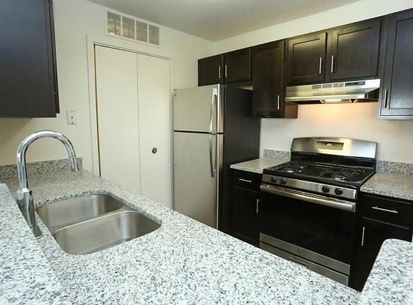 Willow Ridge Apartments For Rent - Ypsilanti, MI | Rentals.com