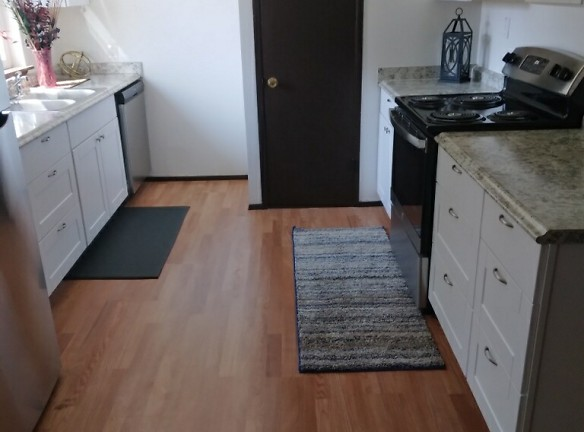Kitchen New 3.jpeg