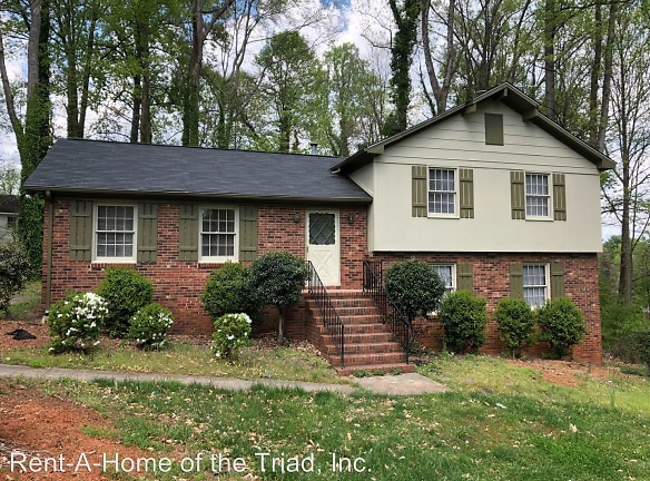 5 Teaberry Ct Greensboro, NC 27455 - Home For Rent ...