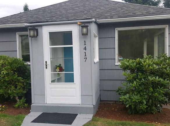 Rental Front of House .jpg