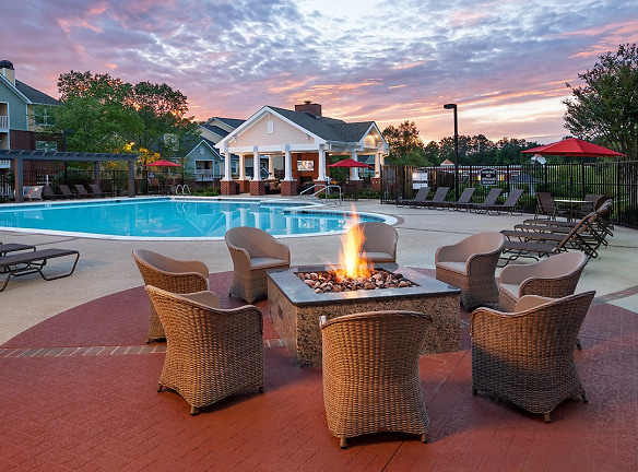 Fire Pit with Cozy Seating