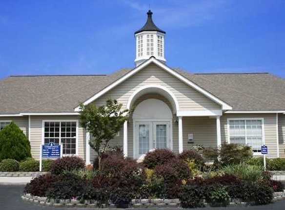 Cypress Pointe Clubhouse