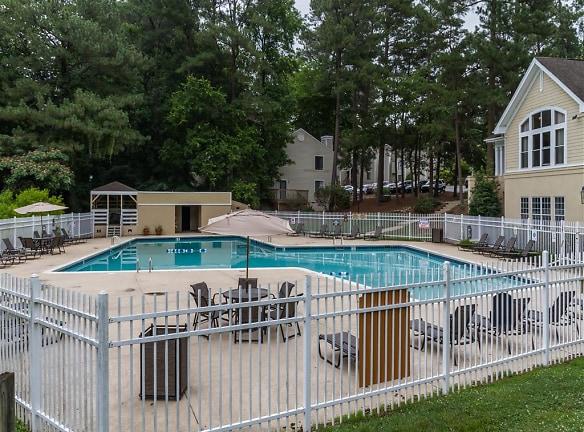 Regency Park-Swimming Pool