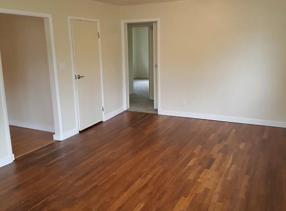 Rental LR Wood Floor .jpg