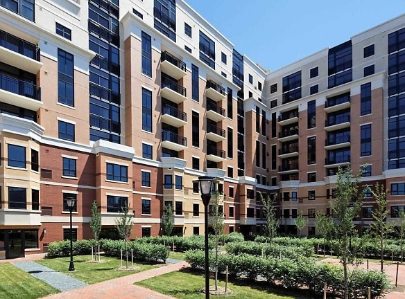 The Loree Grand At Union Place Apartments For Rent ...