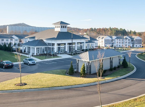 YOUR NEW HOME AWAITS IN ARDEN, NORTH CAROLINA