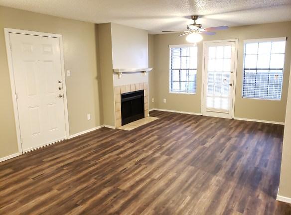 Woodcrest Apartments For Rent - Lubbock, TX | Rentals.com