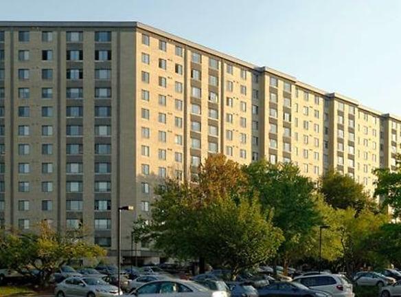 eaves Fairfax Towers
