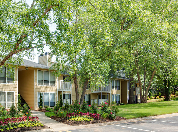 Laurel Oaks Apartments Raleigh, NC - Apartments For Rent ...