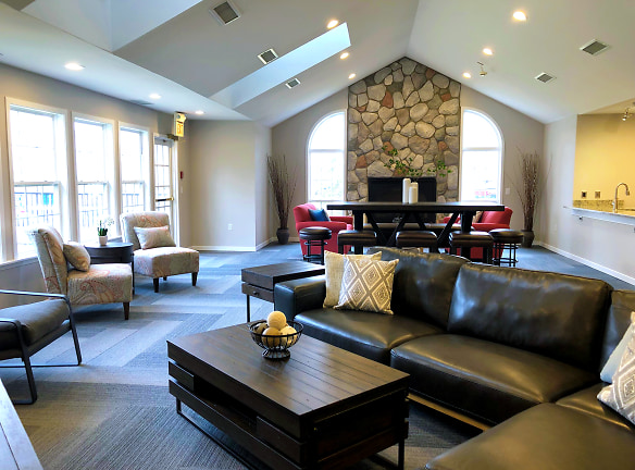 Luxurious Clubhouse and Rent-able Space - Fairfield Apartments and Condominiums in Fenton, MI