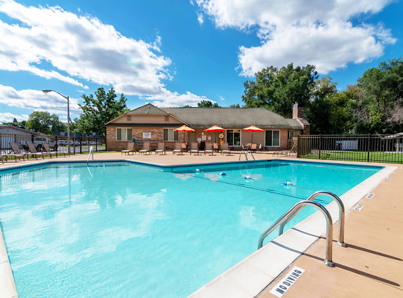 Large Outdoor Pool At Hamilton Trace Apartments, Okemos, MI