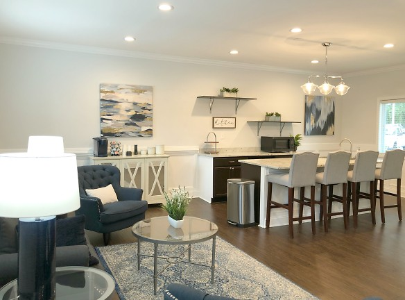 Clubhouse with Coffee Bar at Willow Run Apartments in Fayetteville, NC