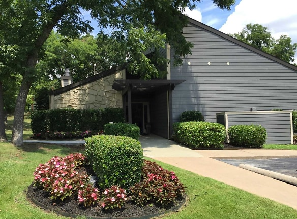 Country Hollow Apartments For Rent - Tulsa, OK | Rentals.com