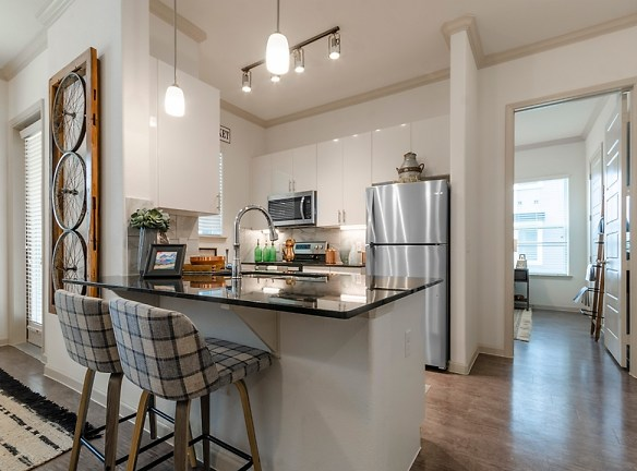 The Luxe At Creekside Apartments New Braunfels, TX 78130 ...