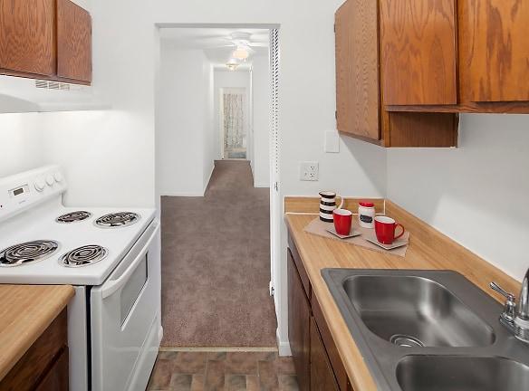 Ample Cabinetry and Counter-top Space; Warren Club in Warren, MI