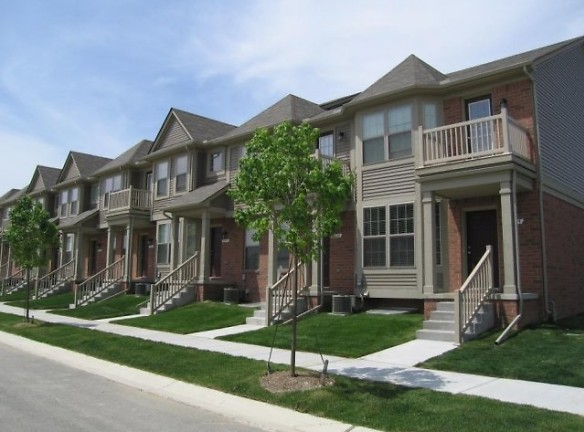 Spacious Two and Three Bedroom Townhomes