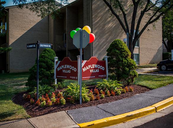 Maplewood Villas Apartments Signage 07