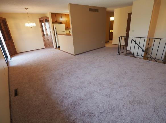 2-Main Floor 3.jpg