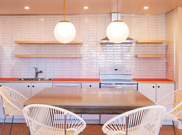 caddy kitchen.jpg