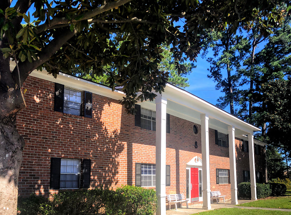 Colony Square Apartments For Rent - Hanahan, SC | Rentals.com