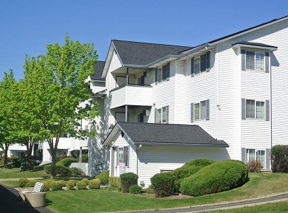 Spokane Valley, WA Farr Court Apartments lobby