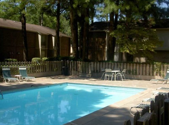 Meadowbrook Apartments Pine Bluff, AR - Apartments For ...
