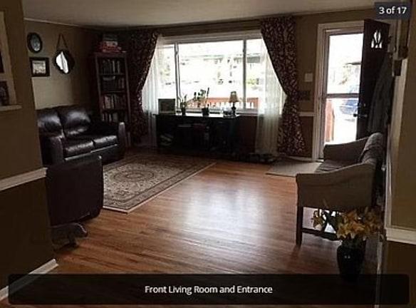 Estes Family Room.jpg