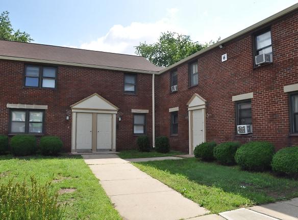 Hamilton Gardens Apartments Hamilton, NJ - Apartments For ...