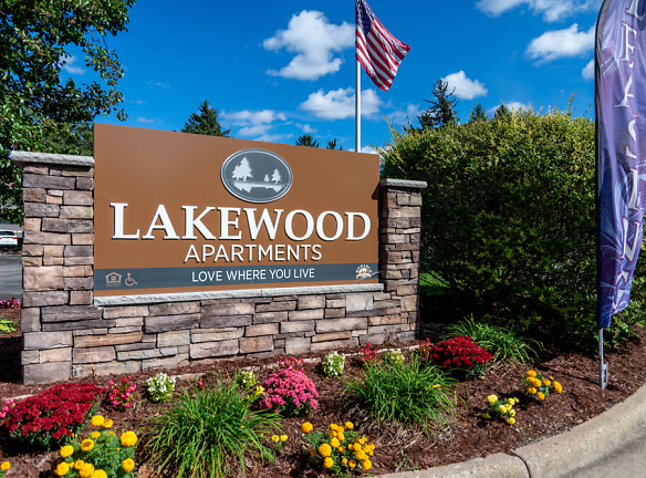 Welcome to Lakewood Apartments!