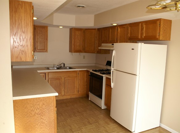 1310 Circle Pine Dr New Richmond, WI 54017 - Home For Rent ...