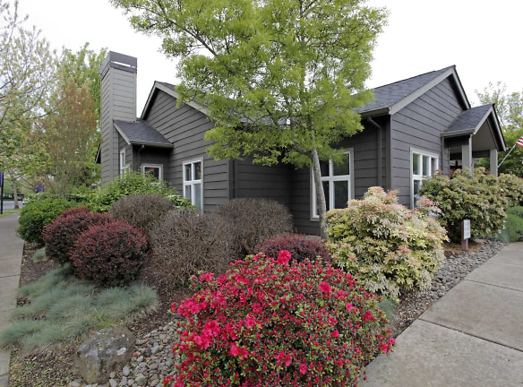 Forest Hills Apartments Eugene, OR - Apartments For Rent ...