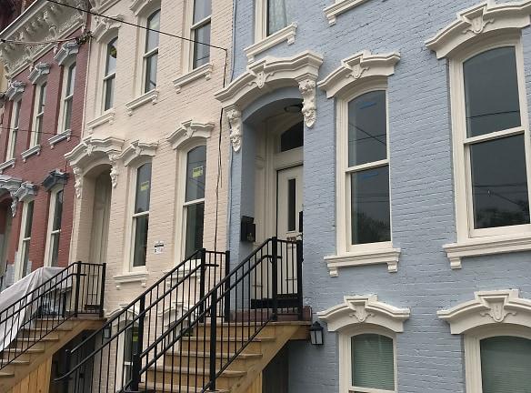 Clinton Avenue Apartments Albany, NY - Apartments For Rent ...