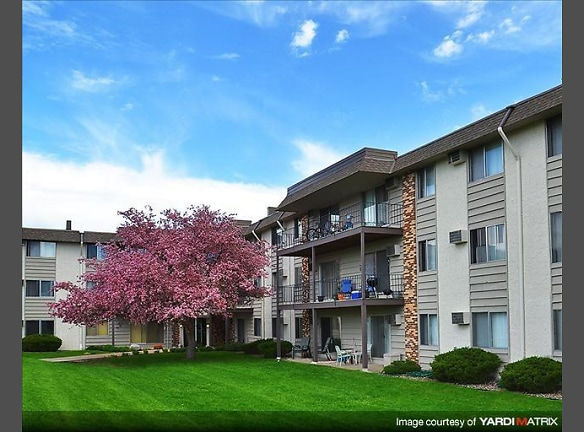 Sage Park Apartments - New Brighton, MN