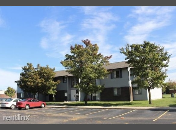 Village Pointe Apartments ! Dundee