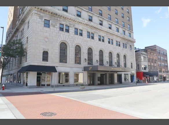 Welcome to Commodore Perry Apartments in Downtown Toledo, OH