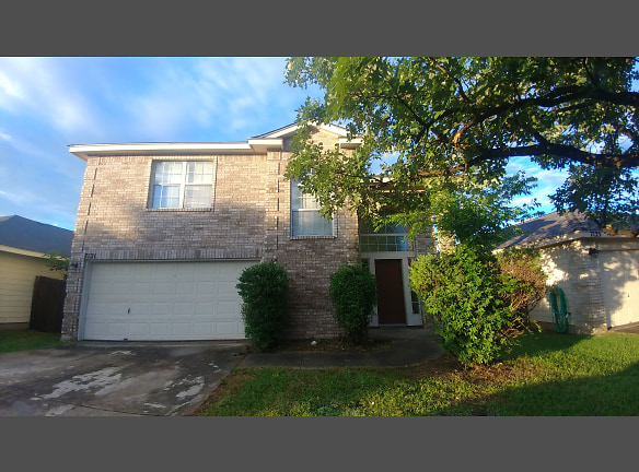 7121 Lynn Lake Dr San Antonio Tx 78244 Home For Rent