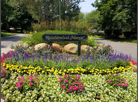 Brentwood Ramblewood Manor.jpg