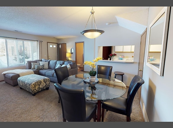 Welcome to Southfork Townhomes!