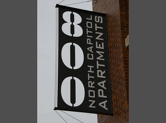 800 Sign