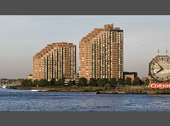 Portside Towers Apartments
