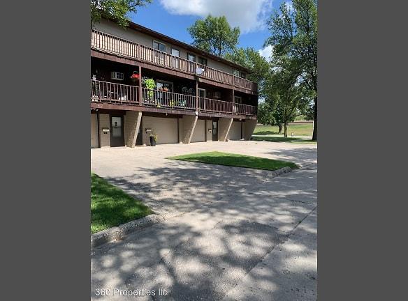 Car Rental Fargo Nd: 403 12th Ave South Fargo, ND 58103